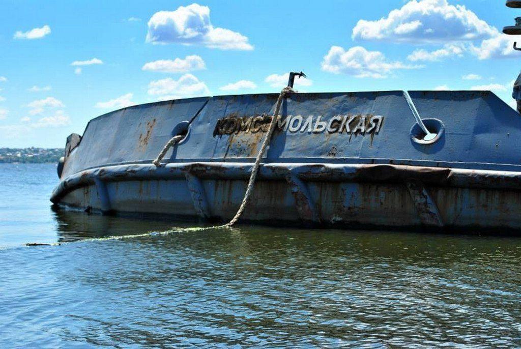 Брошенный корабль (1)