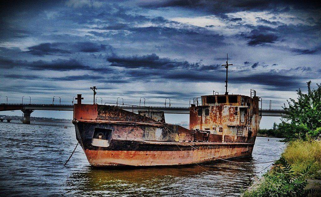 Брошенный корабль (3)