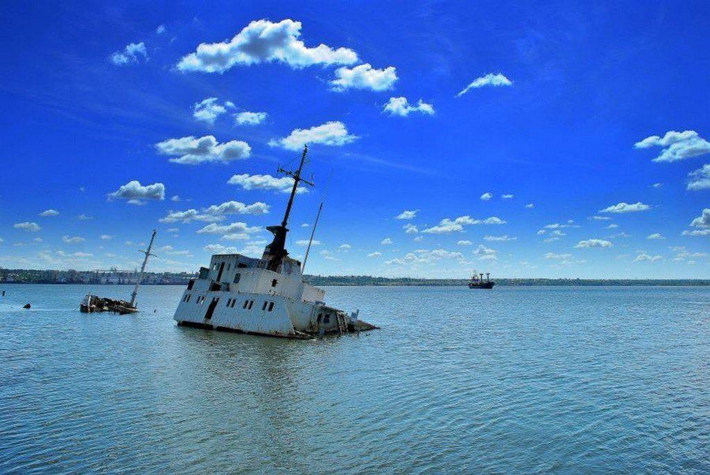 Брошенный корабль (4)