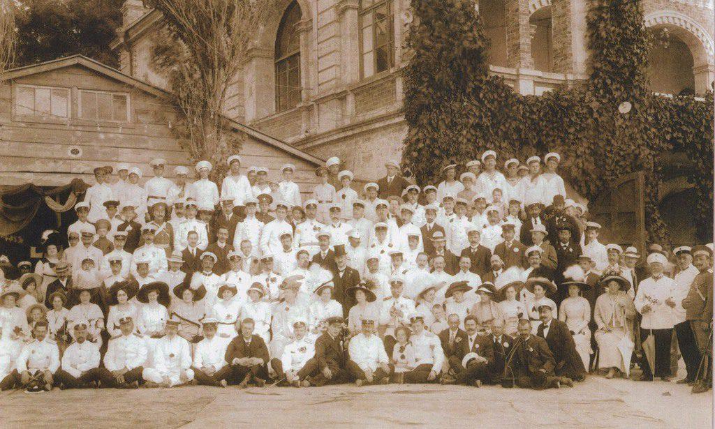 Члены и гости яхт-клуба