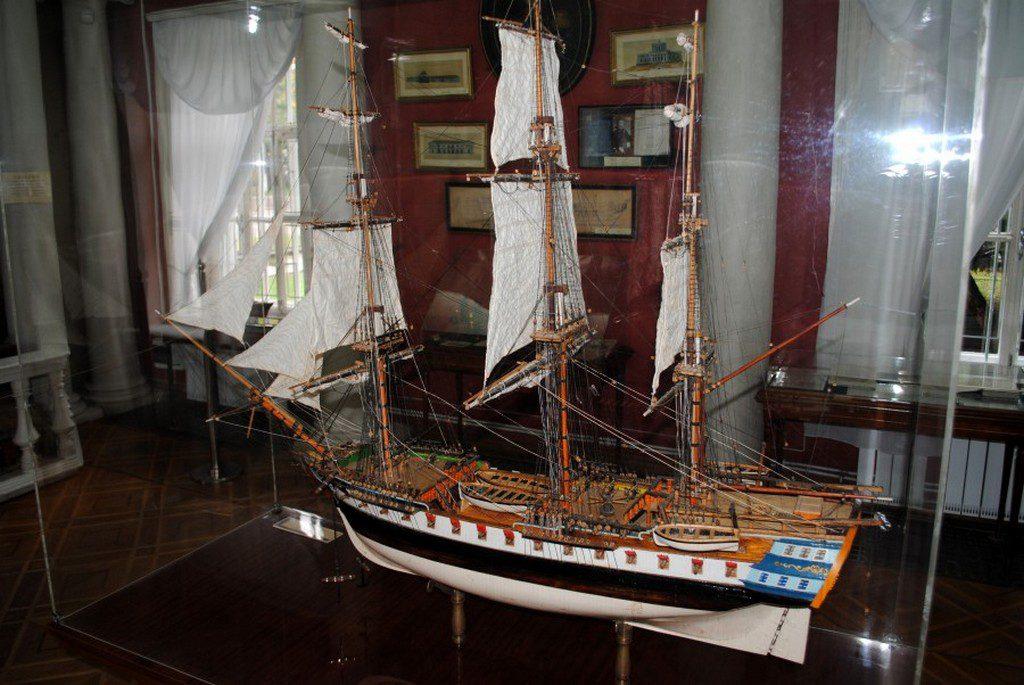 Модель фрегата «Святой Николай» в музее судостроения (2)