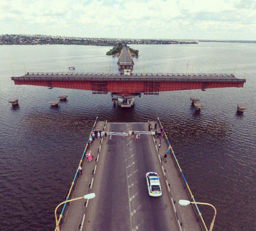 Мост разводится (4)