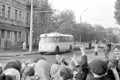 Пуск троллейбуса