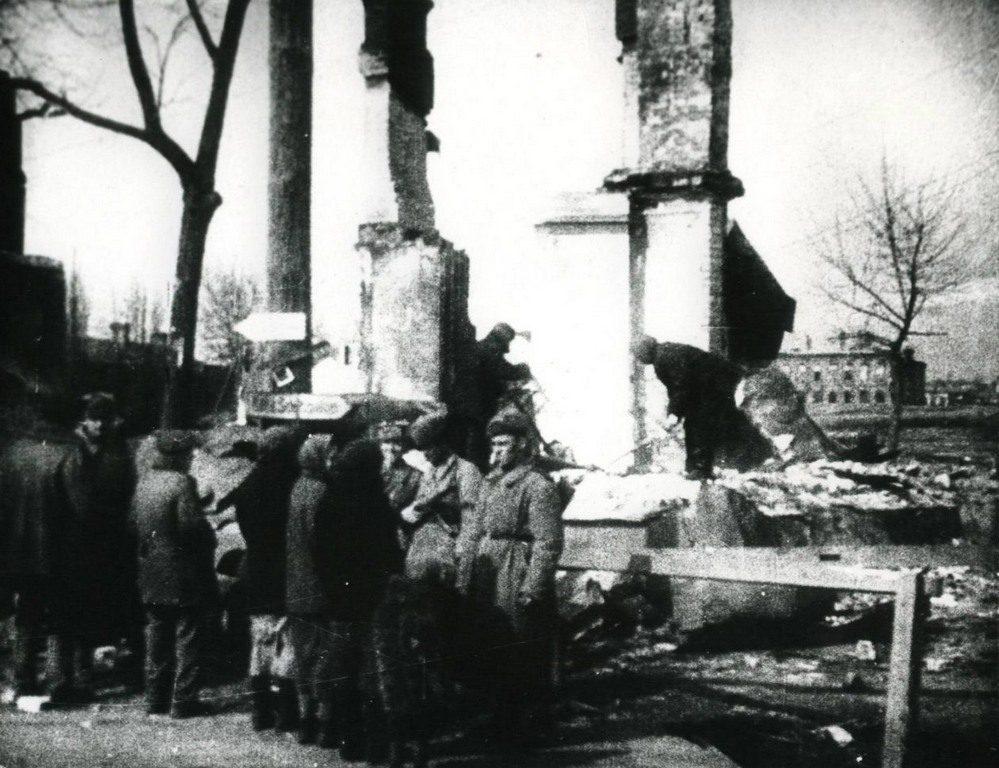 Разрушенные дома (4)