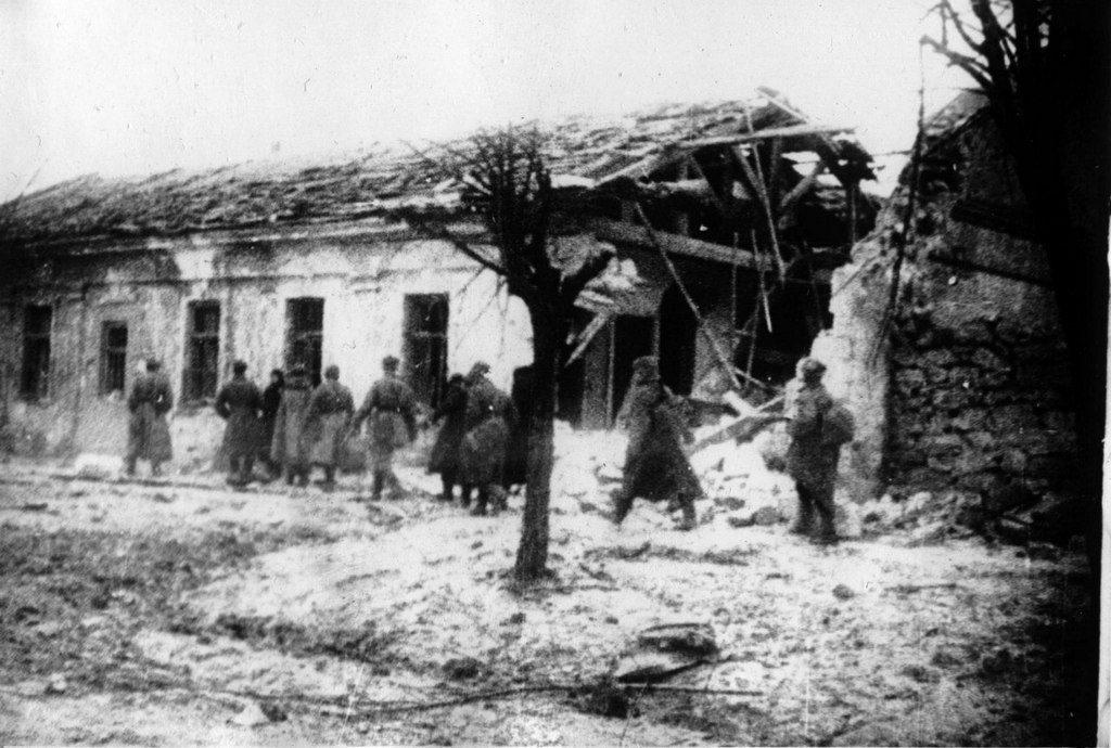 Разрушенные дома (5)