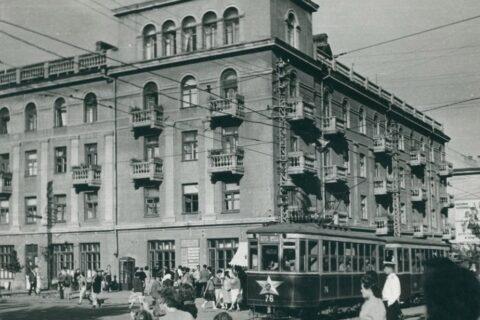 Трамвай (4)