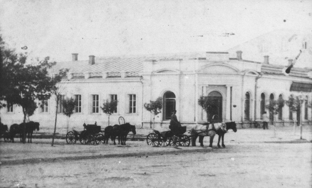 Угол улиц Соборная и Спасская
