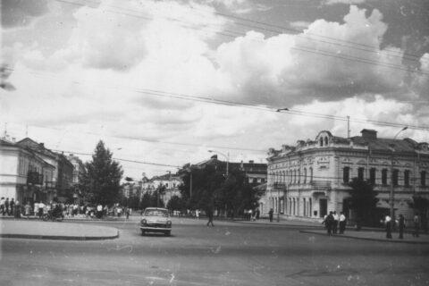 Угол улицы Советской и проспекта Ленина