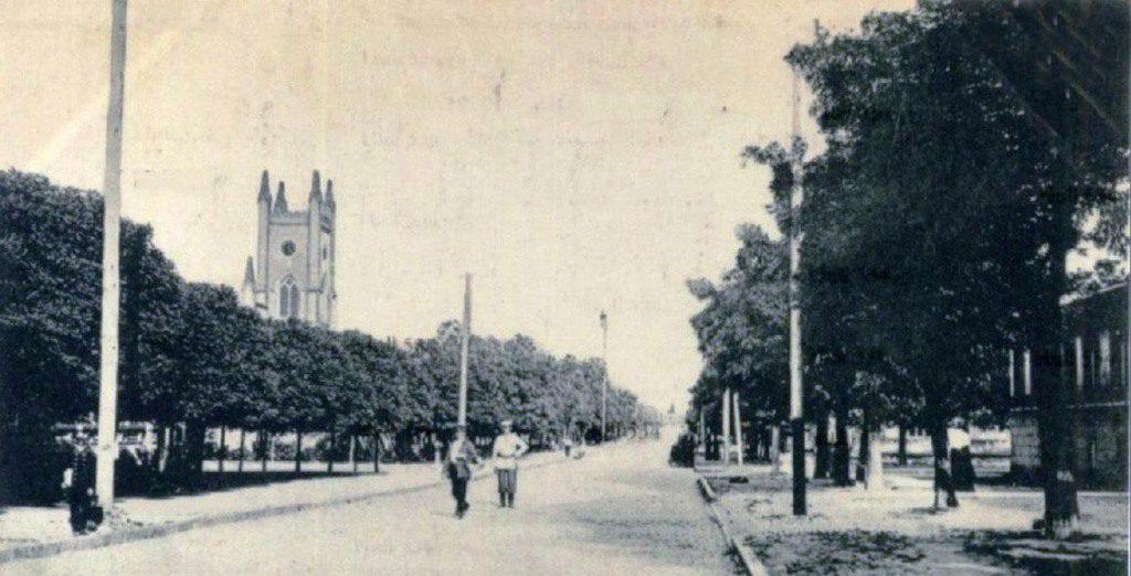 Улица Адмиральская