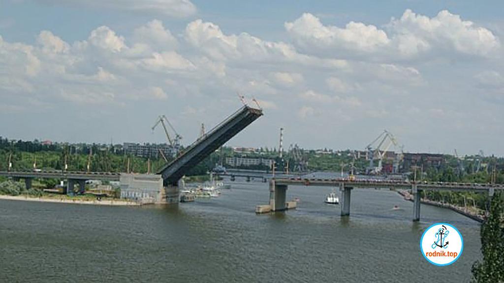 Николаевские мосты разведут
