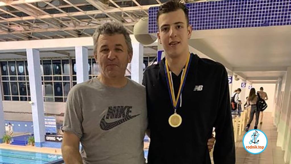 Николаевец завоевал чемпионский титул по плаванию
